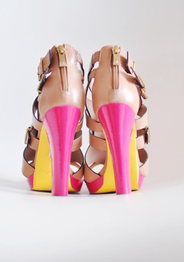 Neon heels shoes diy - painting shoes