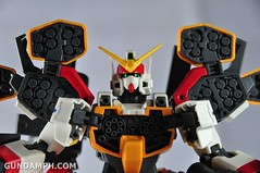 MG 1-100 Gundam HeavyArms EW Unboxing OOTB Review (92)