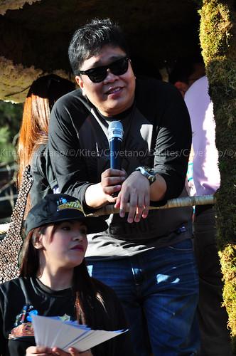 Jugs Jugueta of Itchyworms @ Panagbenga 2012