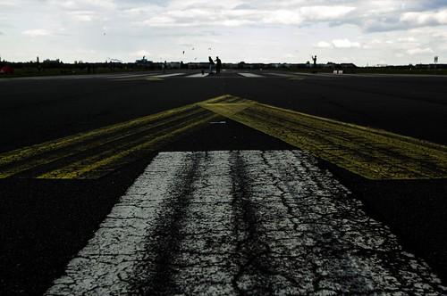 Nellu Mazilu, Berlin Tempelhof Airport, Tempelhof, Tempelhof Park, Berlin, Germany, kite