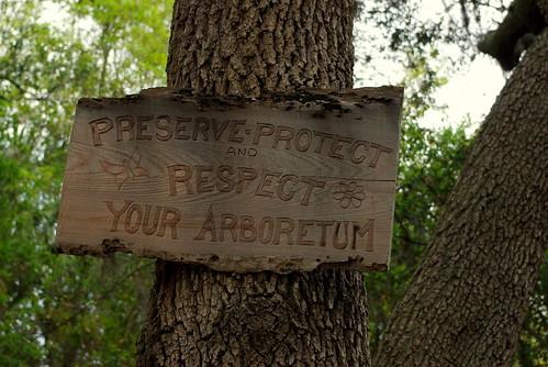 arboretum sign