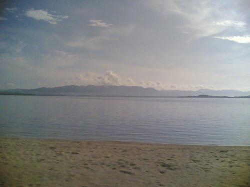 Pueblo Por La Playa by awibear
