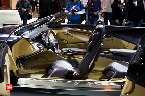 D80 CHI CAS CadillacCiel_Concept03B