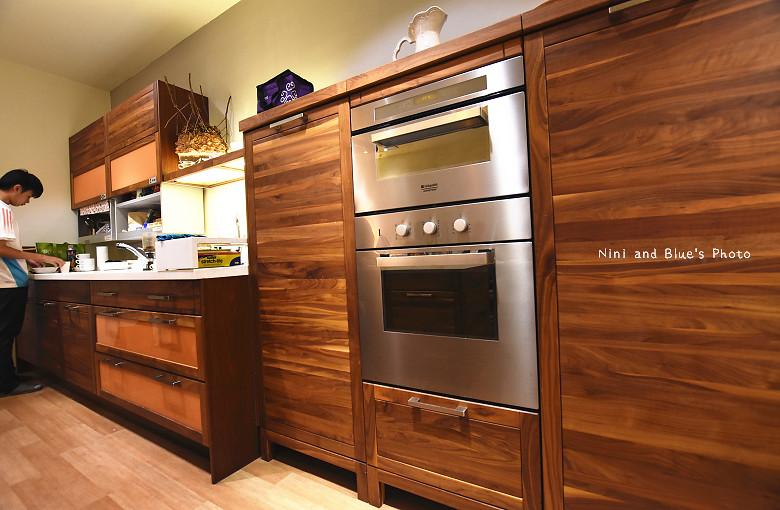 台中環中路家具沙發廚具系統櫃傢櫥周旻虹畫展32