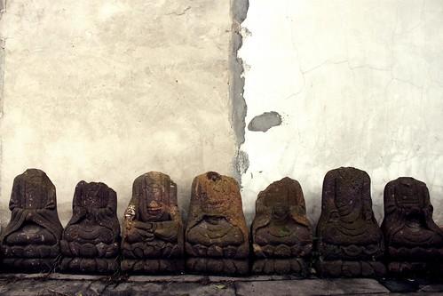 Headless Buddha alley