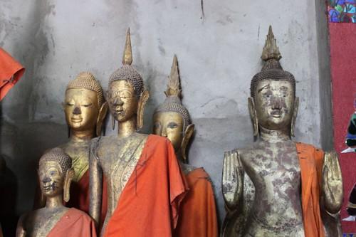 20120128_2891_calling-for-rain-Buddhas