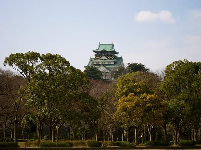The stunning Osaka Castle