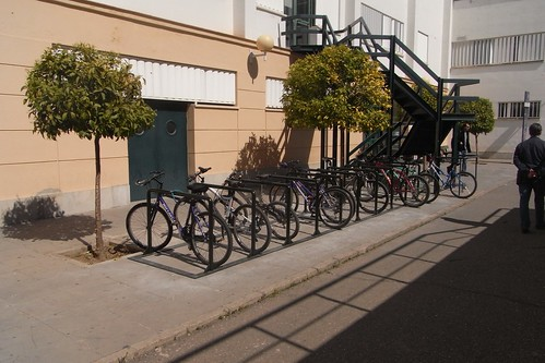Aparcamiento Bicicletas Biblioteca Rabanales