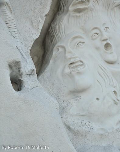 Monumento a Salvo D'Acquisto - Frosinone by robertodimo