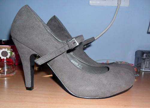greyheels_lovelystyle2
