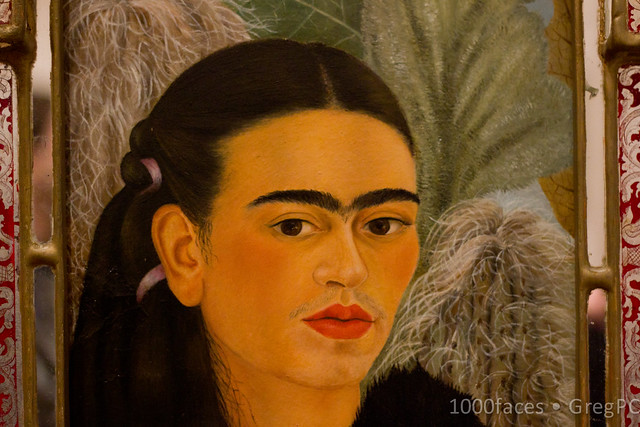 Face-Frida Kahlo