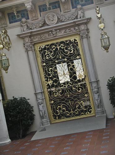 casa door
