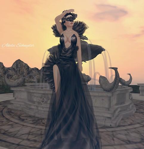 blackdressB