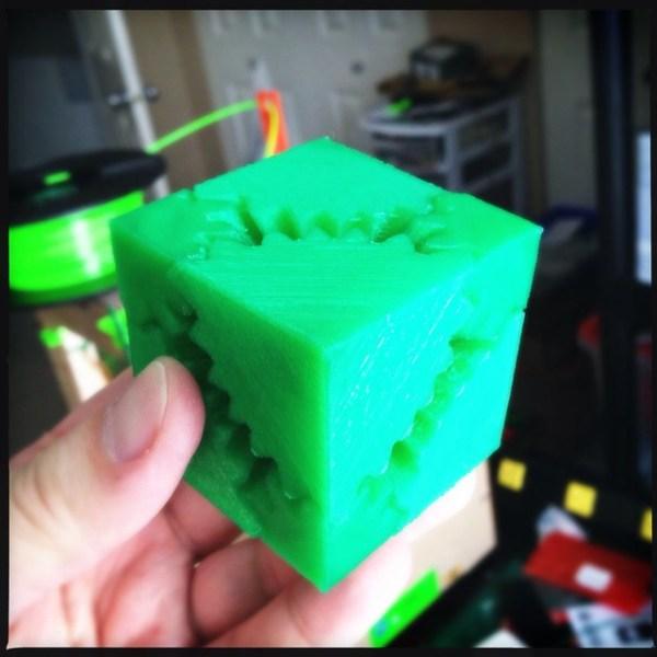 Screwless Cube Gears in PLA