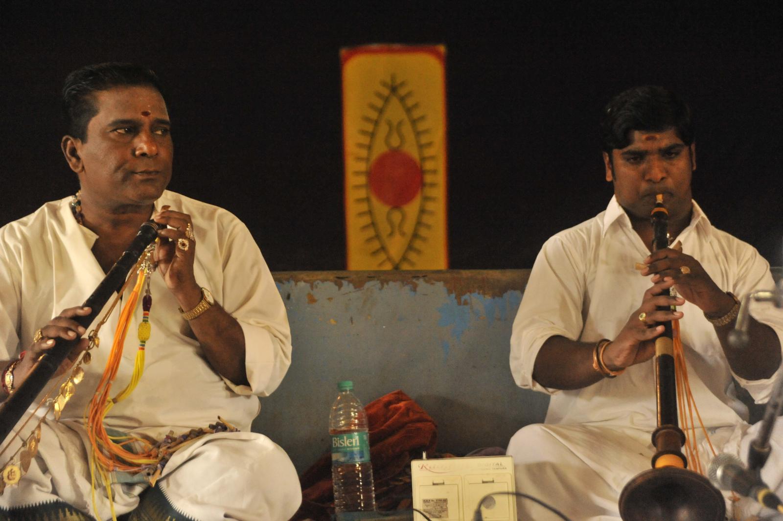 Vid. Mambalam Siva (Nadaswaram) and disciple