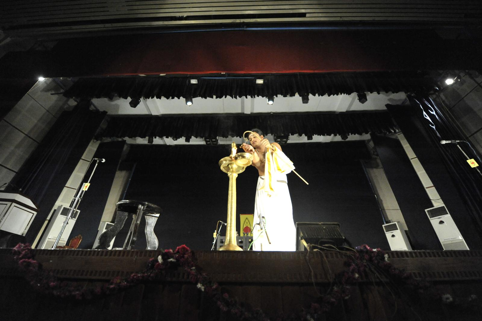 ACeremonial and ritual - Villaku, Margi Madhu : Koodiyattam - Bali Vadham