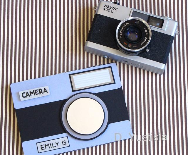 Vintage camera-shaped card