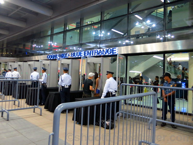 Lady Gaga at the SM Mall of Asia Arena-002