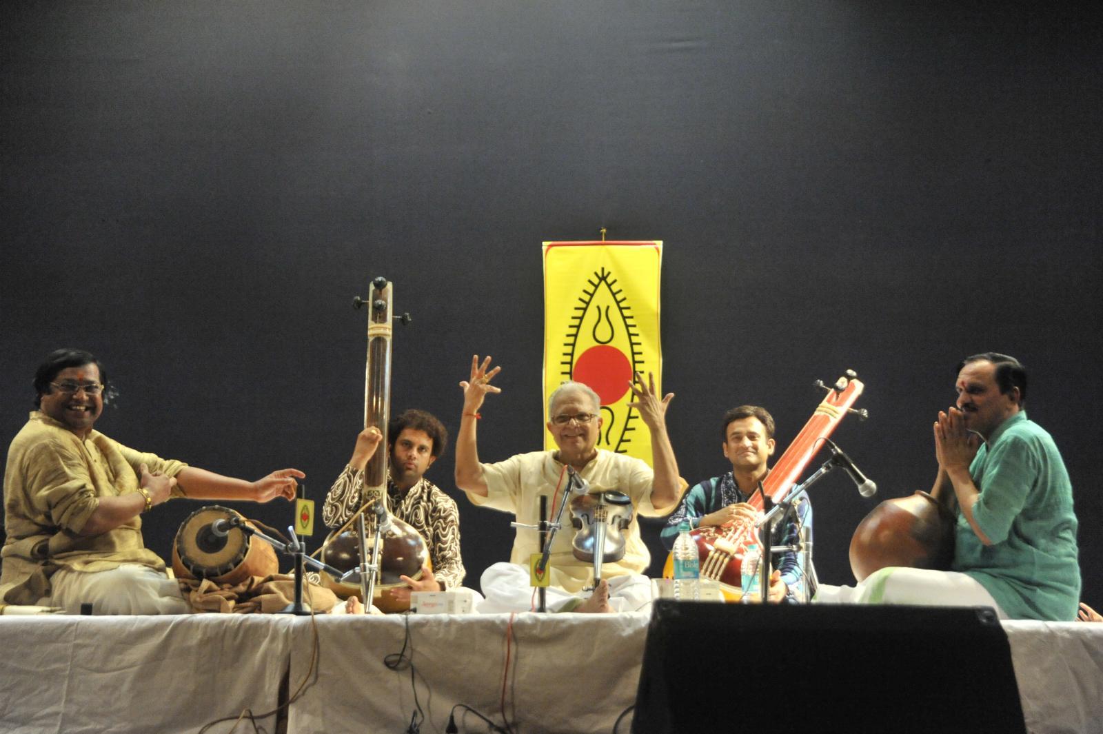 To the hosannas.. Guru T N Krishnan concert