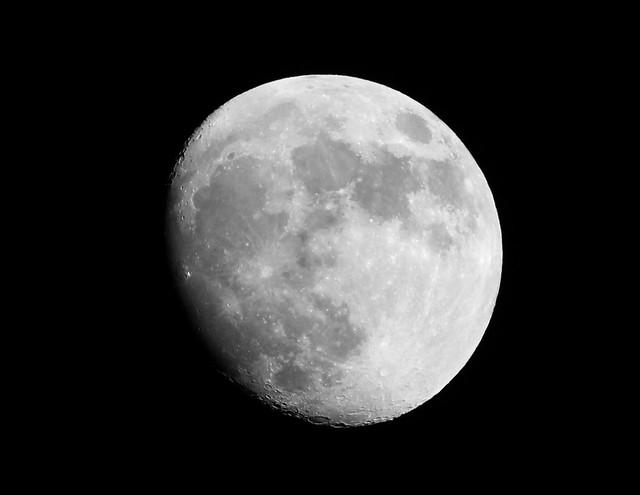 Moon 06/01/12