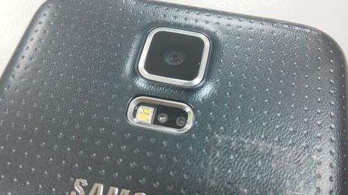 เซ็นเซอร์วัดอัตราการเต้นหัวใจของ Samsung Galaxy S5