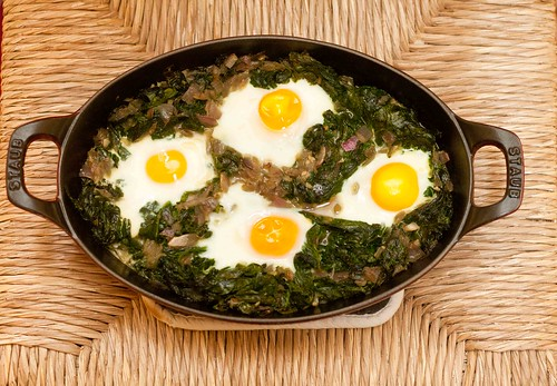 Eggs Baked over Wilted Spinach (5 of 6)