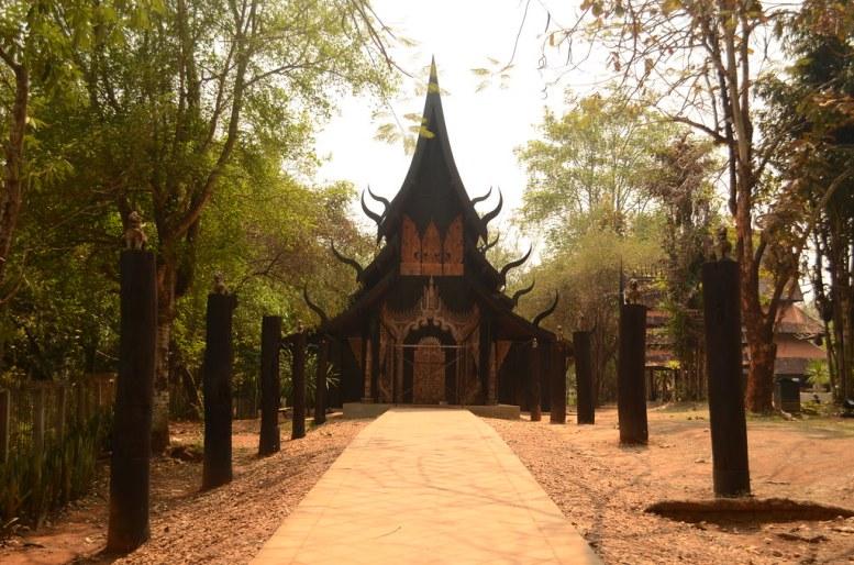 Baan Dam Museum, Chiang Rai, Tailandia. 2016.
