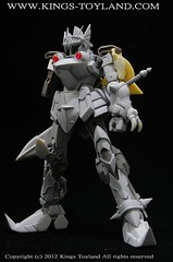 MG Versal Knight Gundam Resin Conversion Kit (6)