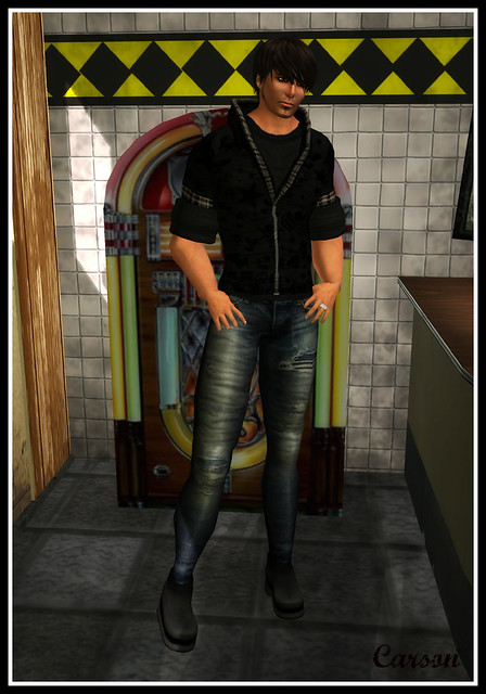 Leo Outfit and Dennis Boots