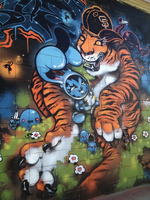 SF Giants Tiger graffiti mural, 15th Street