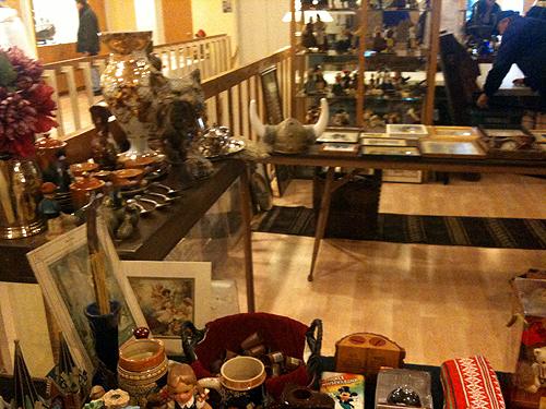 Swedish center rummage sale
