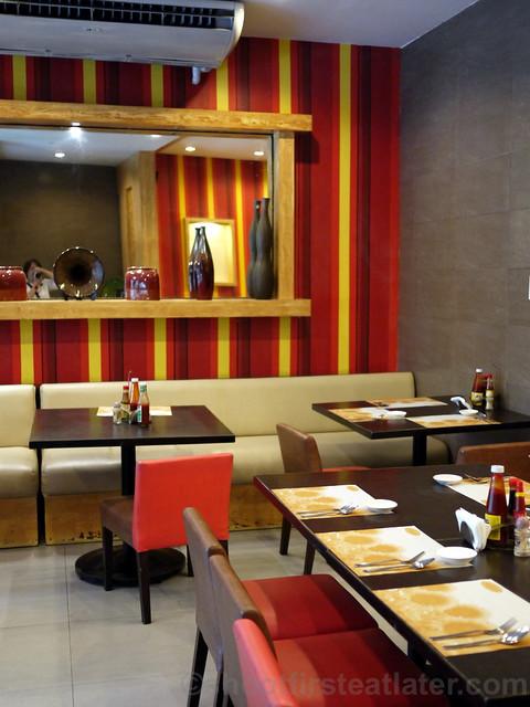 Sunburst Fried Chicken Cebu-002