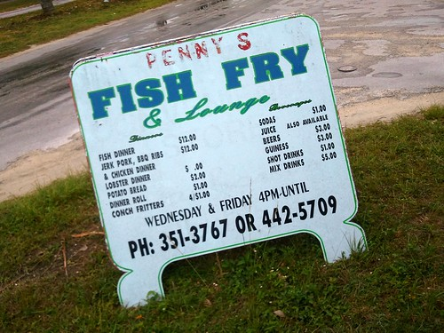 Grand bahama beach food at its best off the broiler for Fish fry bahamas