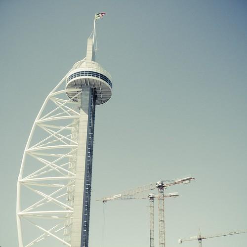 A Needle To the Sky (Torre Vasco de Gama, Parque das Naçoes, Lisbonne, Portugal)
