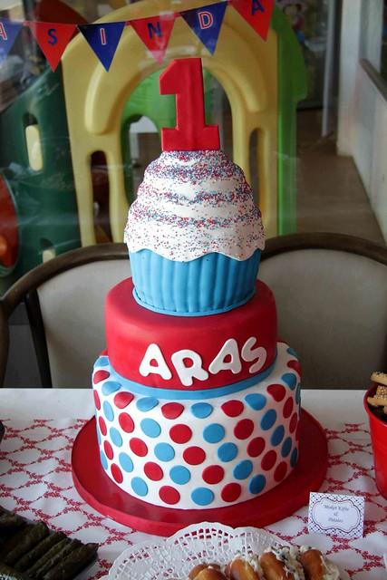 Aras'ın 1. yaş günü pastası