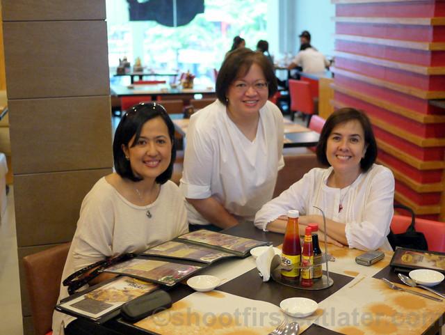 Sunburst Fried Chicken Cebu-003