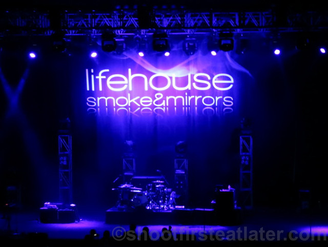 Lifehouse at the Smart Araneta Coliseum-013