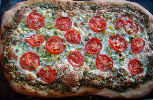Kale-Basil-Cashew-Pesto Pizza with Leeks and Tomatoes
