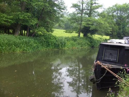 Kennet and Avon canal near Claverton by La belle dame sans souci