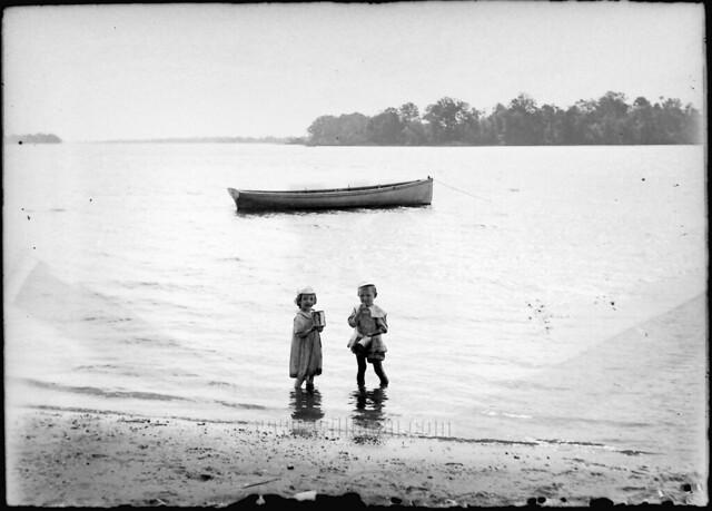 wading kids