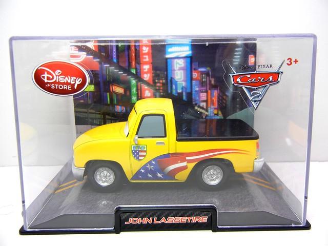 disney store cars 2 john lassetire (1)