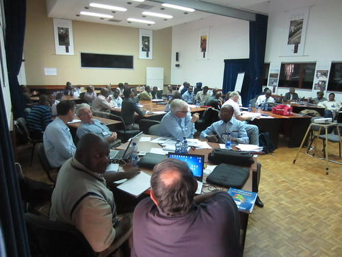 Participants buzzing at the mechanization workshop, April 2012 (Credits: ILRI/Ewen Le Borgne)