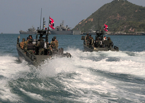 Royal Thai and U.S. Navy personnel train together. by Official U.S. Navy Imagery