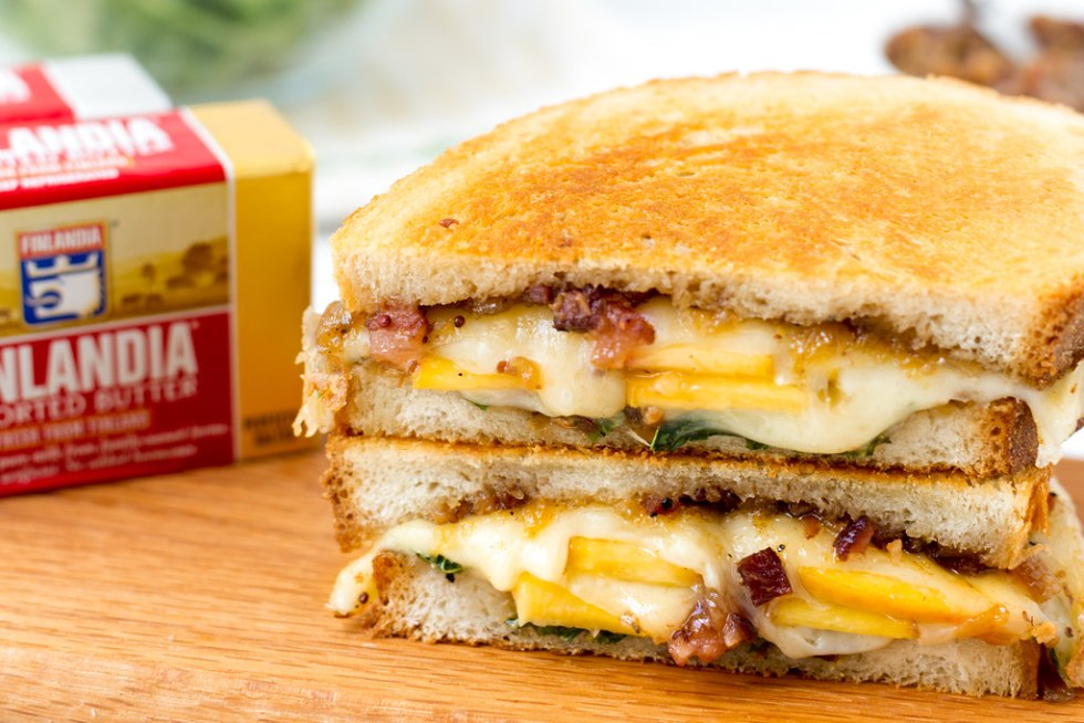 Ultimate Grilled Swiss with Bacon Peach Jam #sponsored #finlandiacheese #finlandiabutter