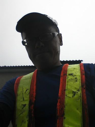 南相馬市で瓦礫片付けボランティア (援人) Volunteer at Minamisoma, Affrected by the Tsunami of Japan Earthquake and Nuclear plant accident