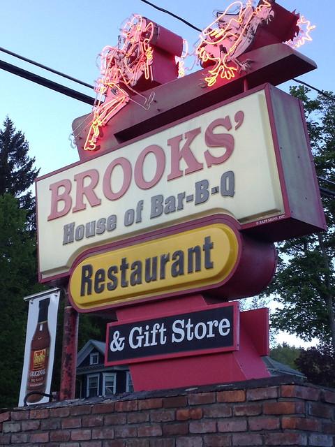 Brooks' BBQ