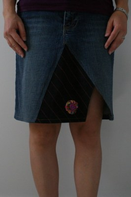Skirt Out!