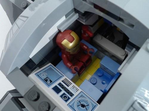 6869 Quinjet Iron Man Chills