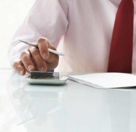 Forensic Accountants Earn