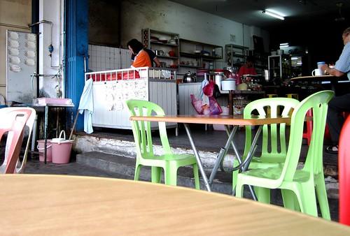 JinJin char kway teow stall